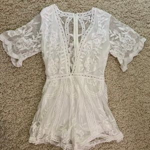 nwot honey punch lace romper